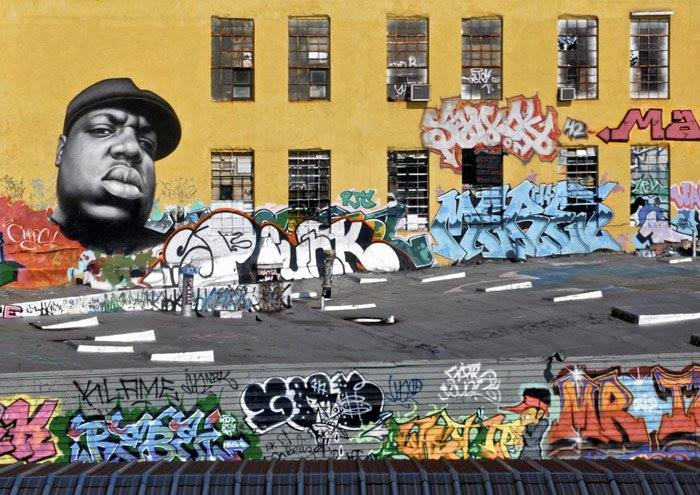 Biggie smalls street art graffiti